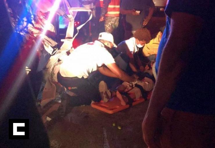 Video: Choque entre camión y guagua deja varios heridos en La Romana