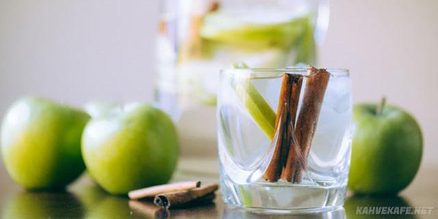 tarçınlı ve elmalı detoks suyu nasıl yapılır - www.kahvekafe.net