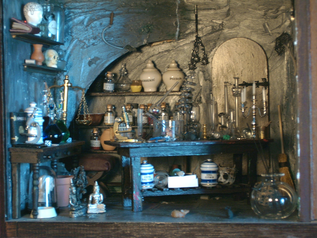The Hedge Mason Alchemical Outlets The New Business of