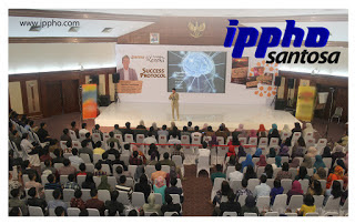 Motivator-Indonesia-Terbaik-IPPHO-SANTOSA-Motivator-Perusahaan-10-Motivator-Indonesia