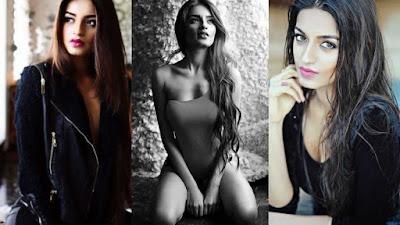 Sexy Bollywood actress