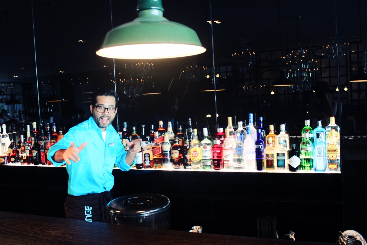 Motel One Amsterdam Bar