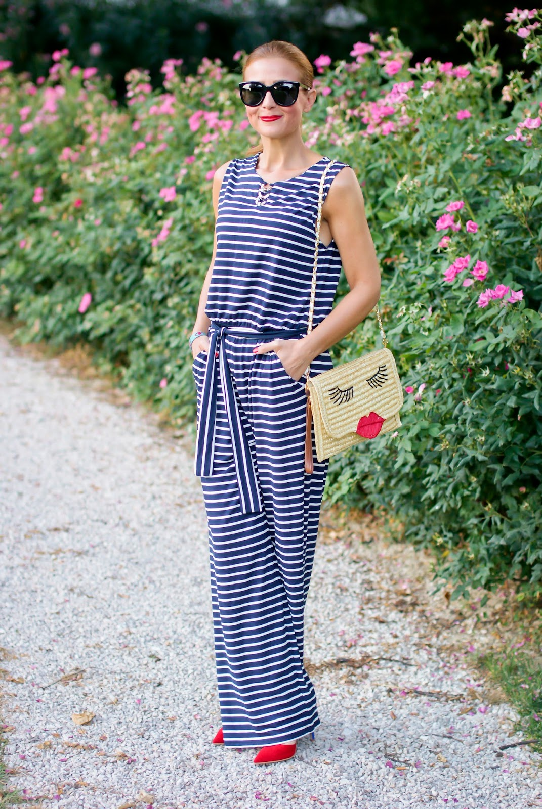 How to wear a striped overall, Pons overall from Smash!, SuperGirl StayMercury shoes on Fashion and Cookies fashion blog, fashion blogger style