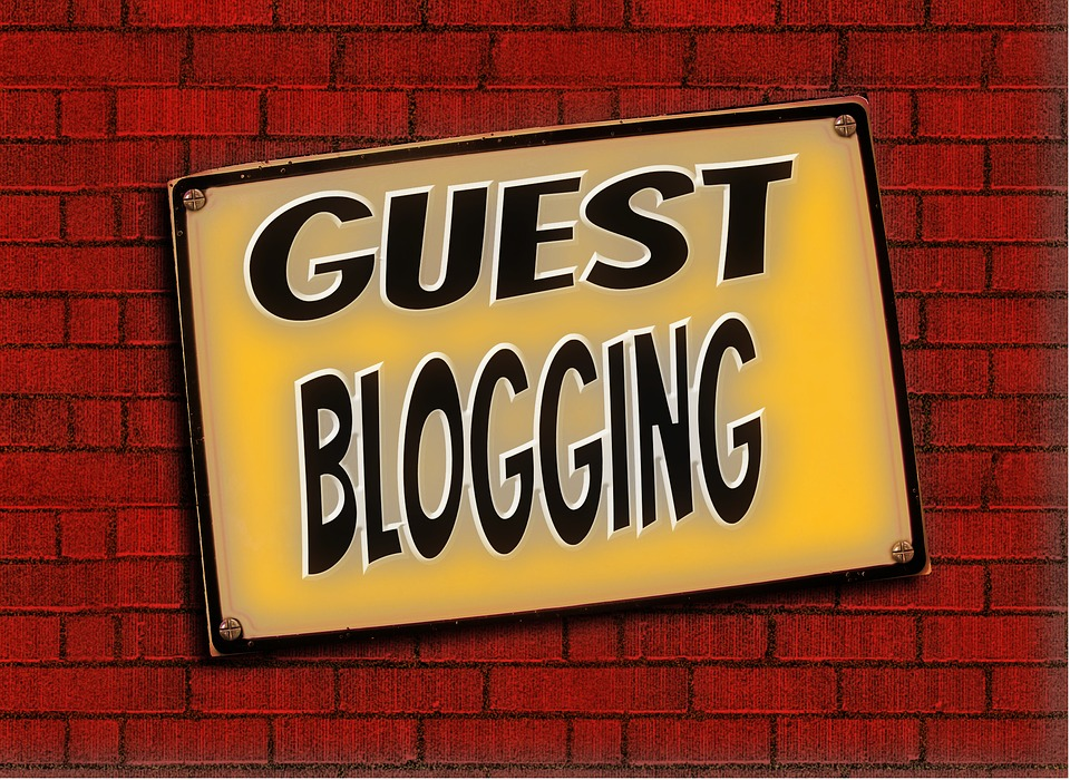What is Guest Posting and how to get Backlinks from it?