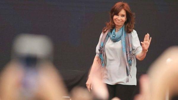 AMIA exige que se desista de acusar a Cristina Fernández de atentado