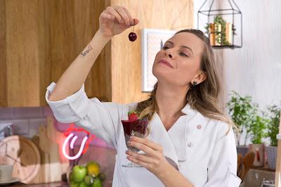 Luiza Hoffmann em cena da 5ª temporada de Bizu - Divulgação