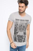 tricou-de-firma-din-oferta-answear-1