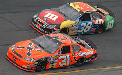 Jeff Burton (31) and Dave Gilliland (38) Daytona 500 in 2007 #NASCAR