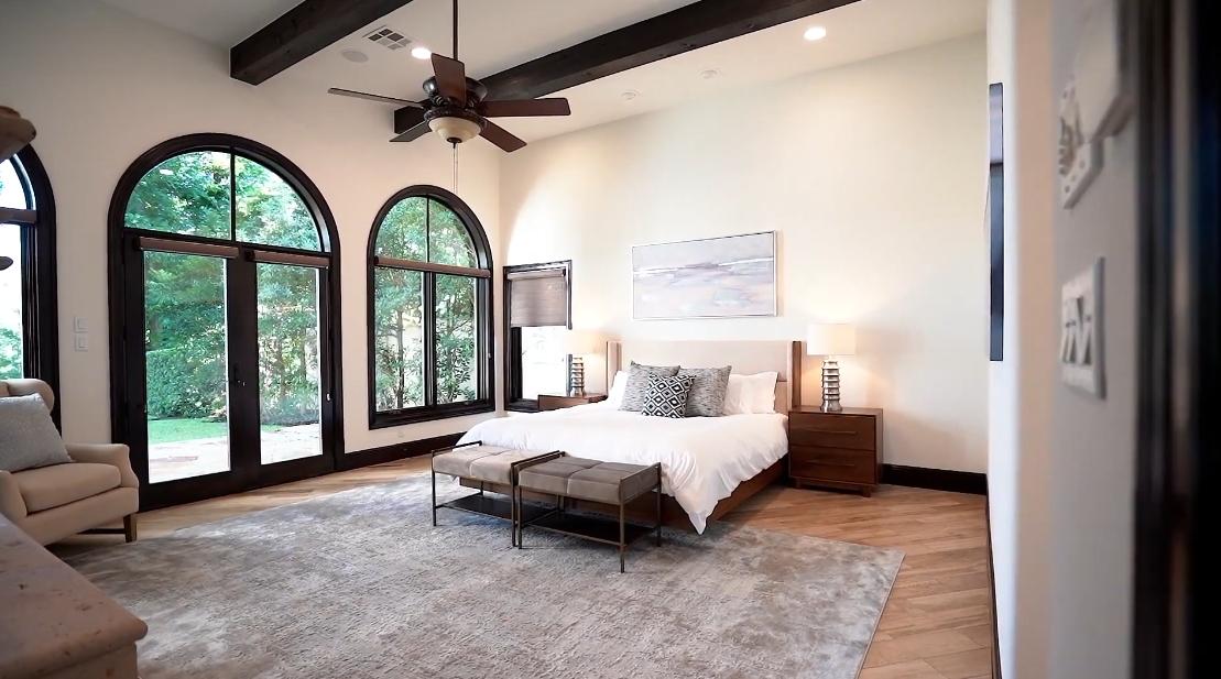 Tour Lake Austin Waterfront Modern Classic Home vs. 25 Interior Design Photos