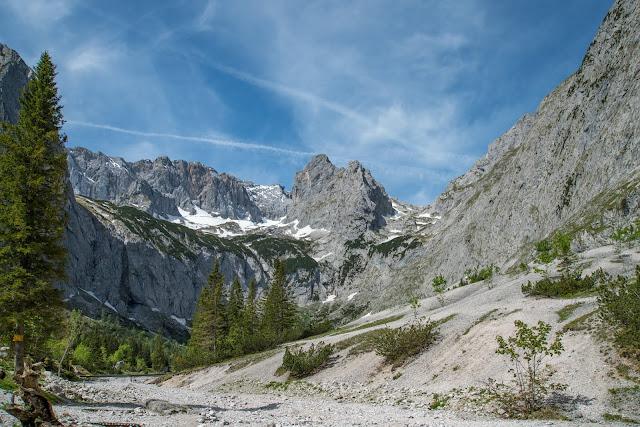 Höllentalklamm und Hupfleitenjoch  Wanderung Garmisch-Partenkirchen 01