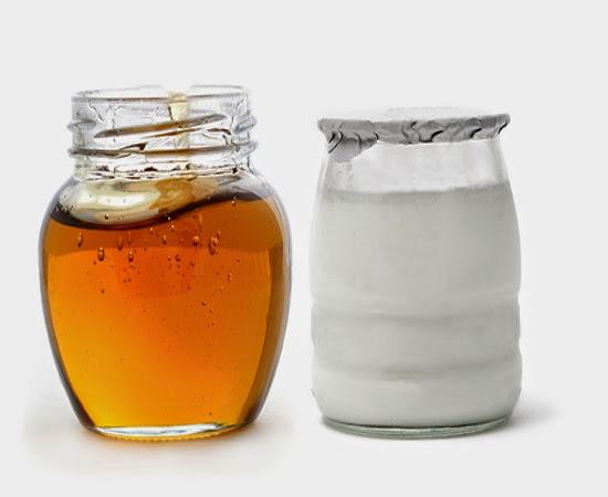 Sữa chua và mật ong là những dưỡng chất tuyệt vời cho làn da