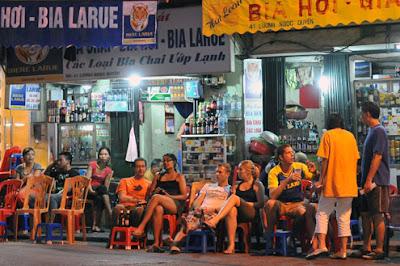 Bia hoi shop Hanoi