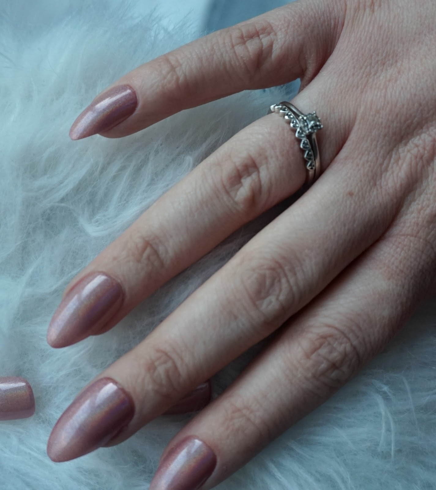 Paige\'s Preferences: WHAT\'S ON MY NAILS #1 | ELEGANT TOUCH