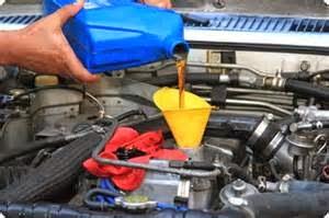 Di bawah ini yaitu sebagian panduan untuk mereka yang mau menghemat sedikit saat serta cost, dengan ganti oli mesin mobil sendiri.