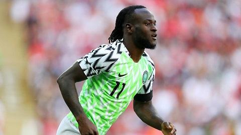 Tiền vệ Victor Moses người Nigeria.