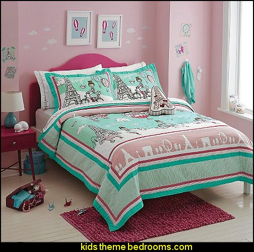 Circo® Travel Quilt GIRLS BEDDING