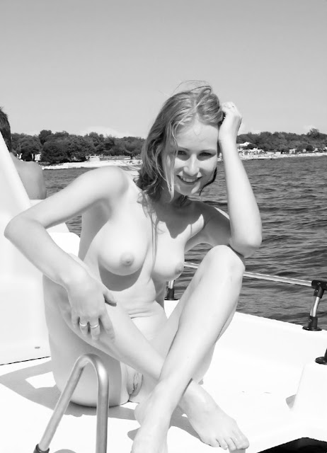 knulla länge unga nudister