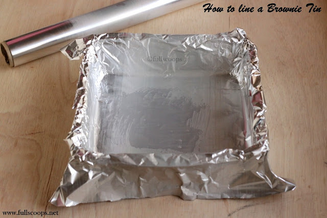How to line a Brownie Tin