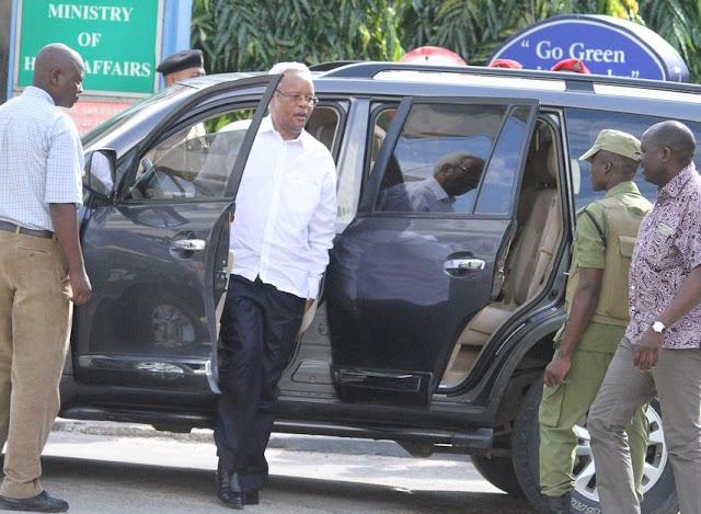 Lowasa Atinga Mahakamani Kufuata Dhamana ya Mbowe na Viongozi Wengine wa Chadema
