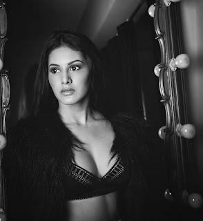 Amyra Dastur 4