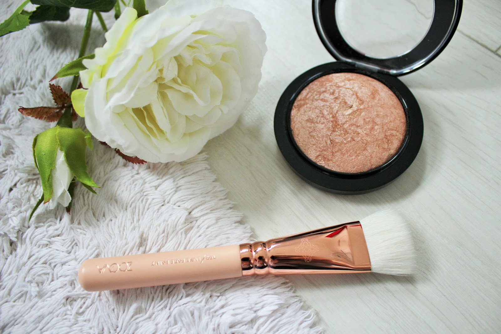 Zoeva Rose Golden Luxury Set Vol. 2 Review - 4