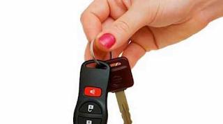Γιατί πρέπει να τυλίγετε σε αλουμινόχαρτο το κλειδί του αυτοκινήτου