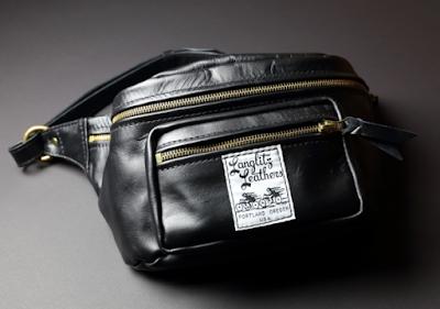 ラングリッツの大変良質なカウハイドを使用したオリジナルウエストバッグ