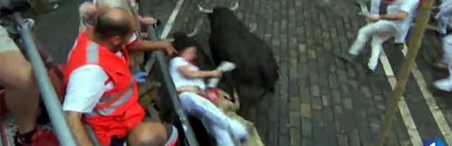 el momentazo del quinto encierro de San Fermin con toros de Jandilla