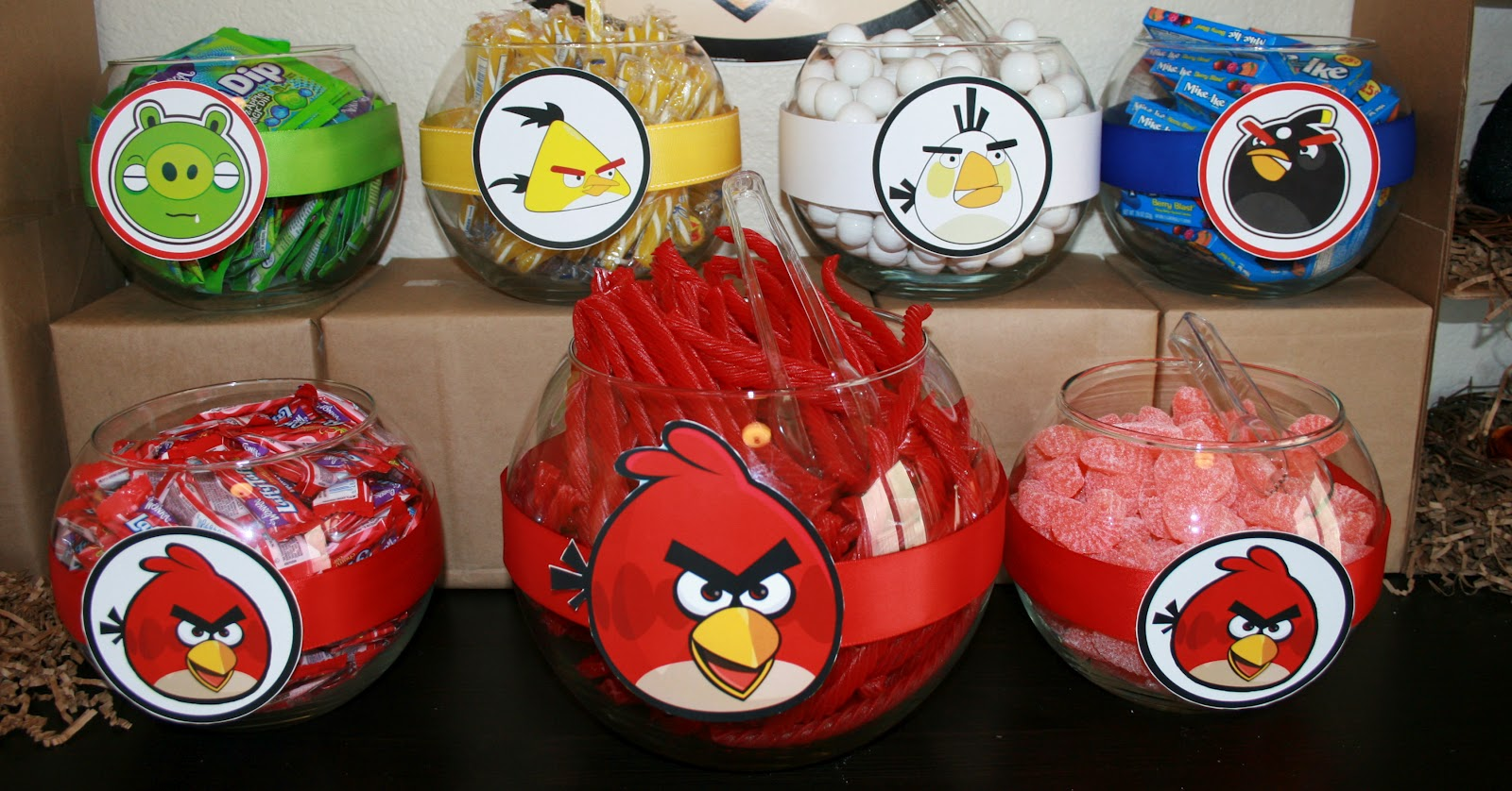My creative ink angry bird party decorations for Angry birds decoration ideas
