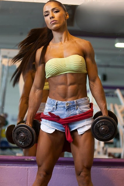 andrea brazier-female fitness model-women fitness models-female fitness