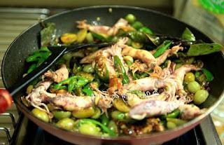 cara memasak cumi asin cabe ijo,cara memasak cumi asin yang enak,cara memasak cumi asin pedas,