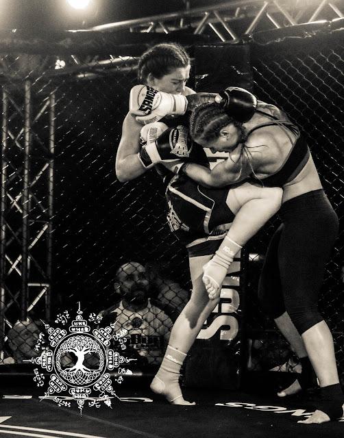 MuayThai Ireland Dublin fighting Eimear Codd Ula Mydlowska
