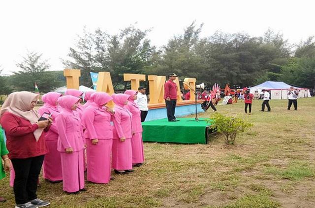 Bupati Batang Menghadiri Kegiatan Jambore Pesisir Tahun 2017