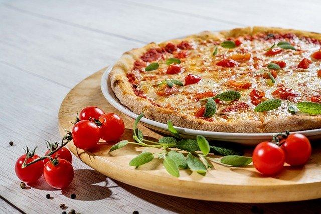 pizza adalah makanan internasional