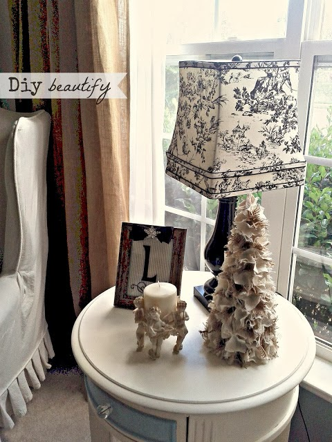 DIY burlap Christmas tree