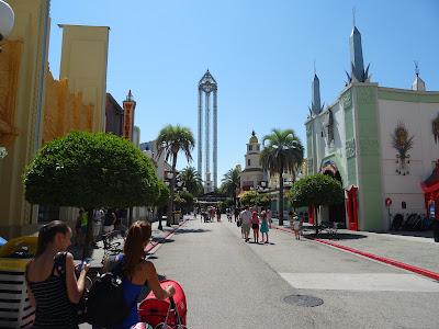 Hollywood Boulevard y La Venganza del Enigma, lanzadera más alta es España