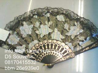 souvenir kipas, souvenir kipas transparan motif gagang hitam, Souvenir Pernikahan, souvenir unik dan souvenir khas jogja