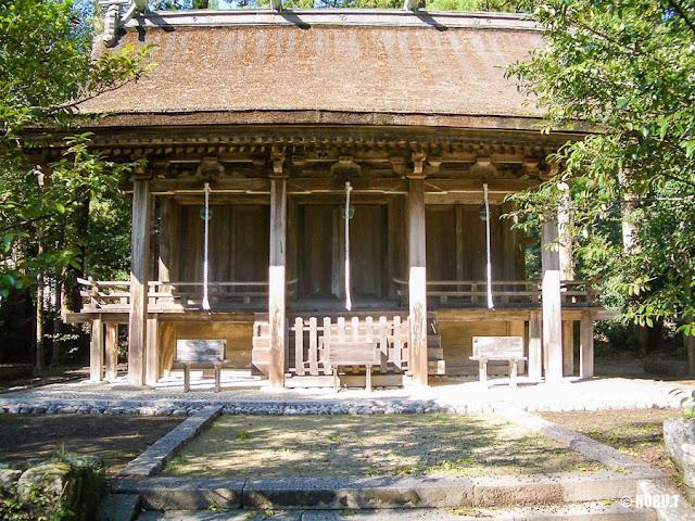 和歌山県那智勝浦町「熊野三所大神社」本殿
