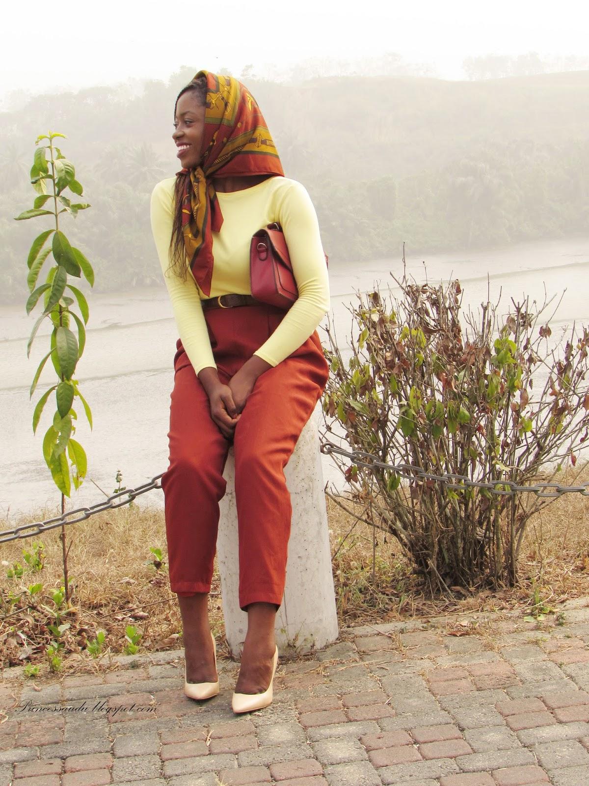 Scarfs, tips, head wrap, high waist trousers