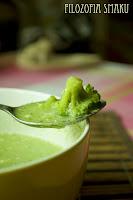 (Zupa brokułowa z sezamem