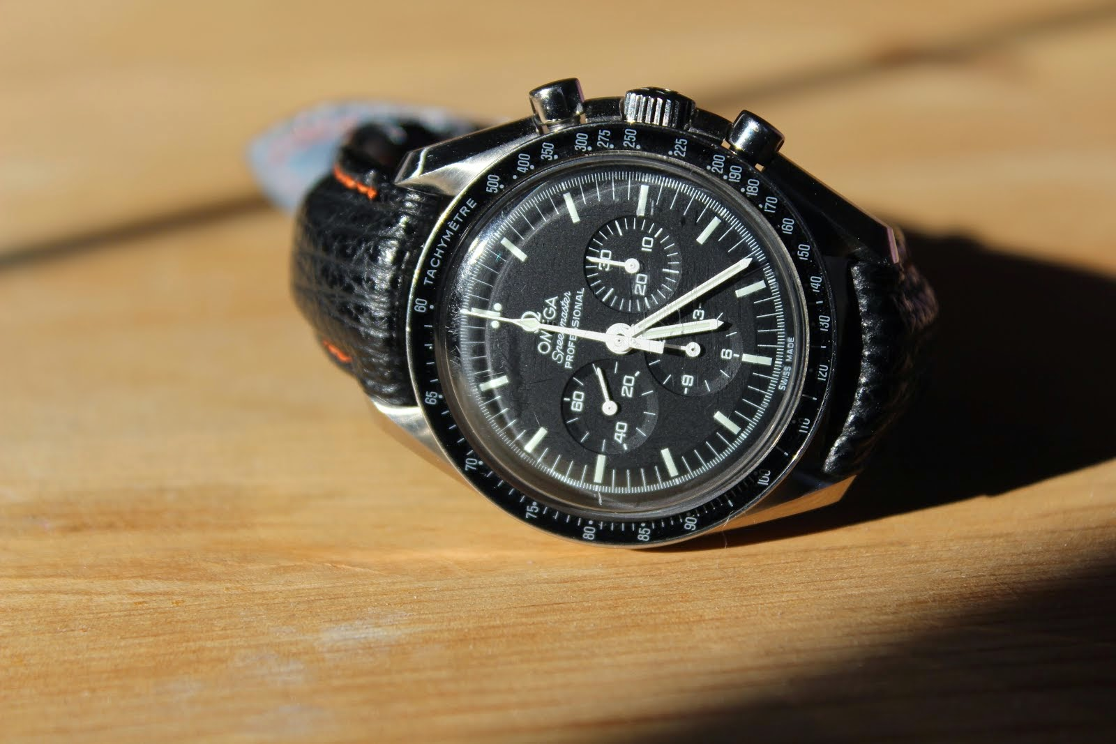 Dennis's great looking Speedmaster on bespoke Shark skin strap with TCLS fit