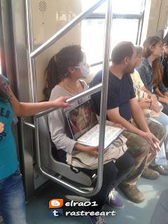 Performance en contra del maltrato animal en el metro de la CDMX.