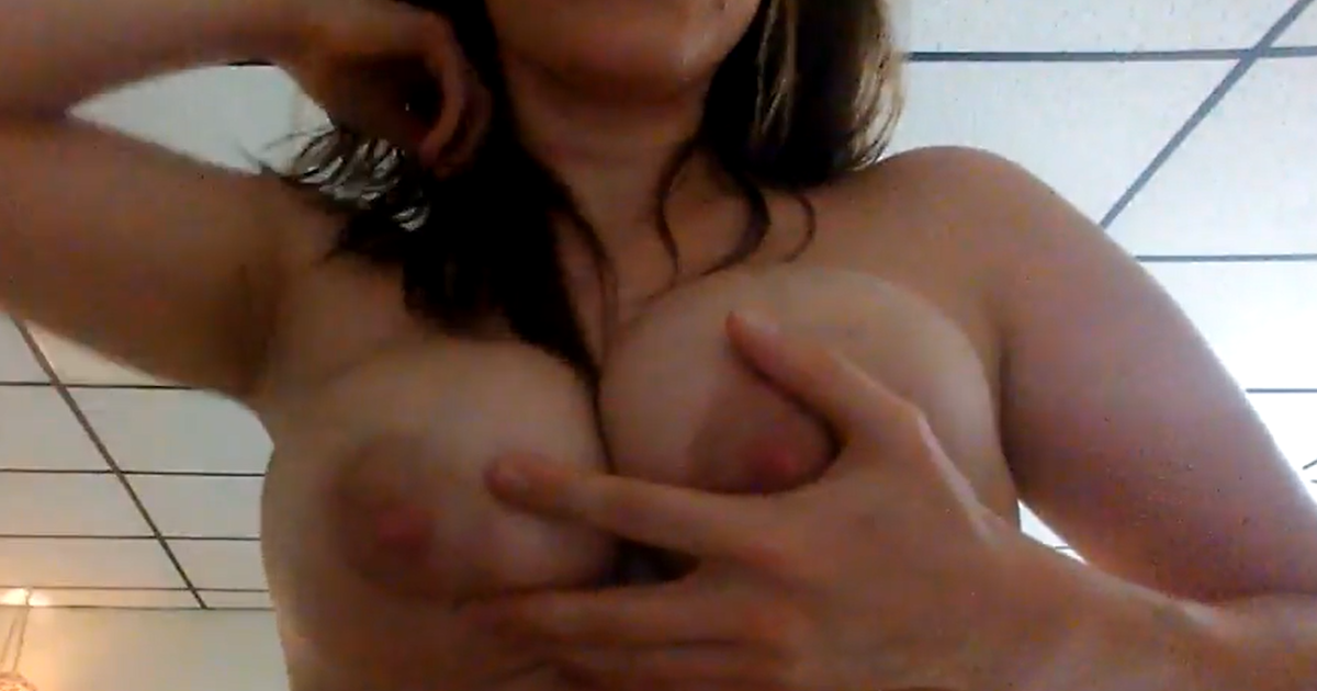 Breastfeeding unknown youtuber - 3 9