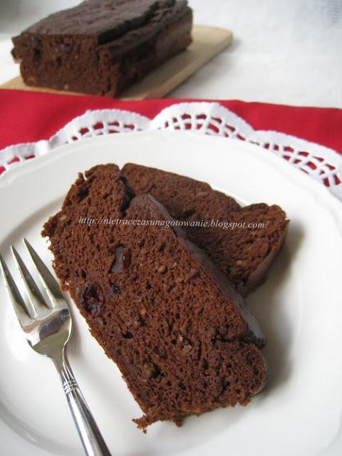 Fit ciasto z ciecierzycy bez cukru, mąki, tłuszczu i glutenu