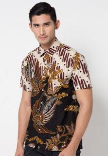Model baju batik terbaru untuk pria keren