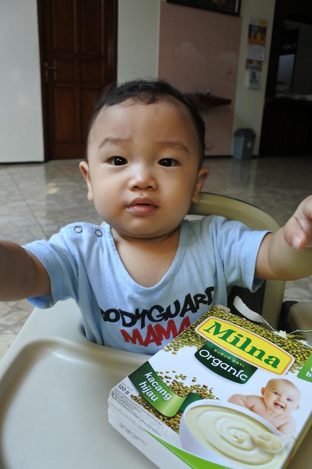 Bayi 6 Bulan Makan Jeruk