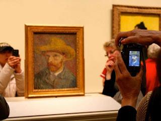 no flash en museo, tomar fotos en museo