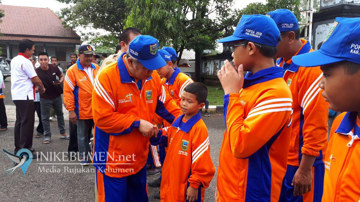 Plt Bupati Kebumen Lepas 54 Atlet Ikuti Popda SD/MI Jateng