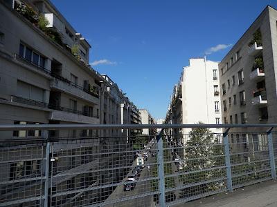 Promenade sur la Coulée Verte à Paris
