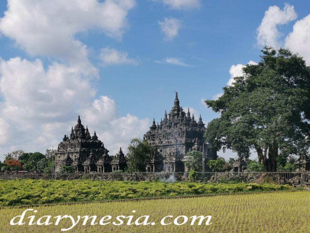 plaosan temple, best tourist attractions in yogyakarta and klaten, yogyakarta tourism, diarynesia